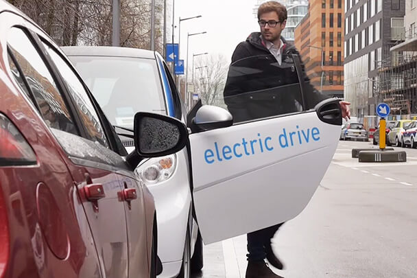 Watch the Video: Turning electric vehicles into profitable virtual power plants